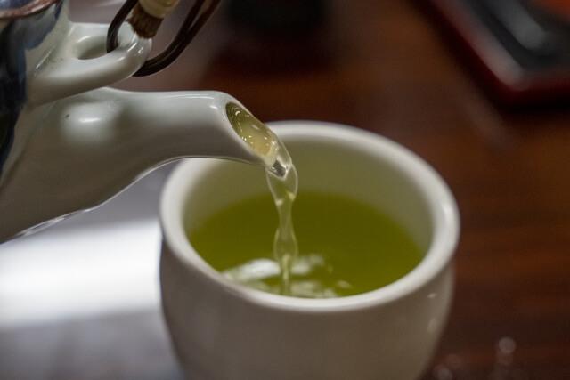 日本茶とは